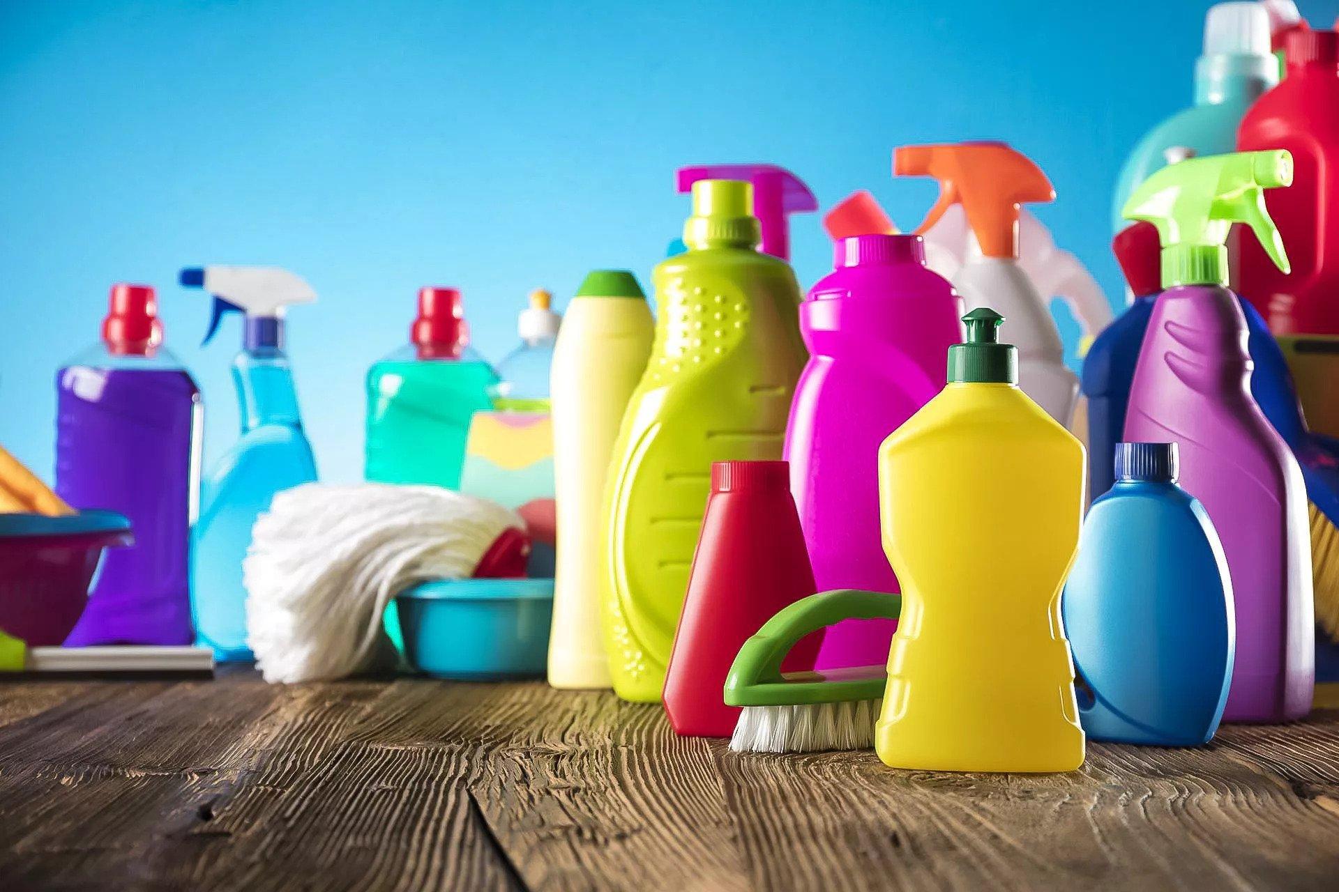Бытовая химия для уборки в доме: как выбрать?